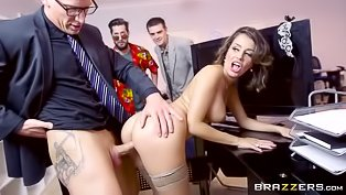 Hot brunette gets screwed in the office