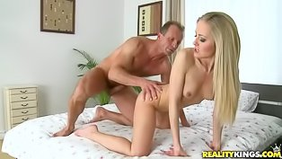 Petite cutie gets nailed by her man