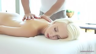 Blonde slut is fucking with masseur