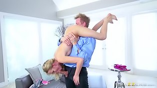Blonde gal gets her pussy screwed hard