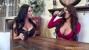 Busty sluts in a hot threesome