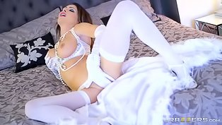 Brunette in white stockings gets fucked