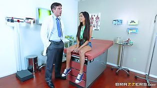 Sexy brunette is fucking with doctor