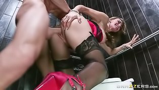 Raunchy blonde queen riding a big dick