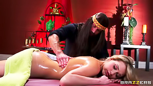 Oily blonde railed by the love guru