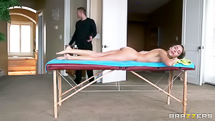 Wet girl is fucking with the masseur