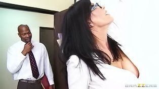 Ebony man is fucking slutty colleague