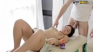 Teen gal needs a nasty massage
