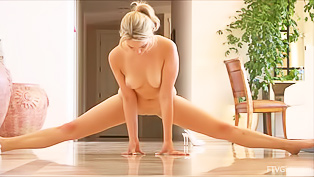 Solo from the flexible blonde