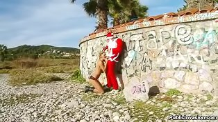 Strong Santa is fucking chick outdoor