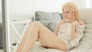 Curly blonde fucking herself real hard