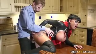 Big-tittied queen is getting penetrated