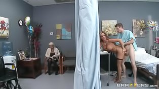 Slutty blonde doctor screws her patient