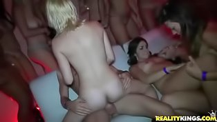 Super hot orgy with young babes