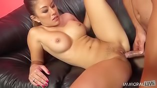 Asian brunette loves being drilled