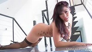 Asian minx gets fucked in the ass